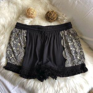 Mossimo Black Print Loose Shorts
